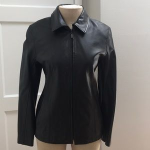 💯 Black Leather Zip Jacket